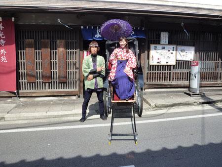 平沢アナと善光寺にてパシャリ!
