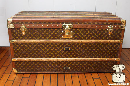 Malle louis vuitton 1920 courrier 1m10