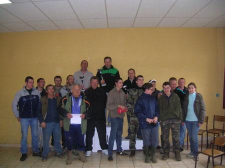 Le podium et les participants