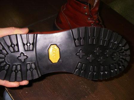 徳島県阿南市 靴修理&靴磨き専門店 シューズマイスター オールソール レッドウイング ボブソール ビブラムソール メンズ