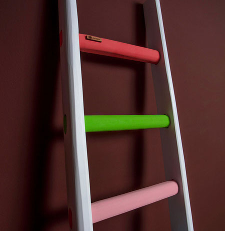 Scala a pioli con i colori dell'arcobaleno - Wooden ladder with the colors of the rainbow by ellecuorea