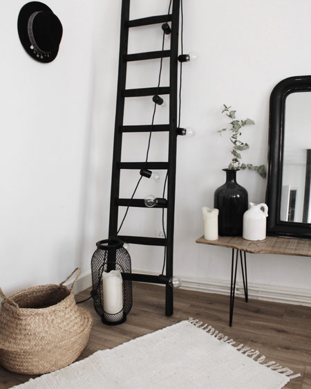 scala a pioli per arredamento colorata in nero opaco - wood ladder in matt black for climb & decor ...enjoy your home!