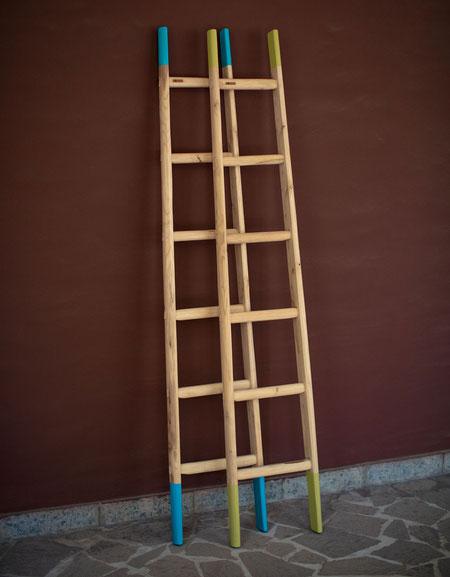 Scale a pioli in legno per decorazione interni - Wood ladders in custom colors for home decor