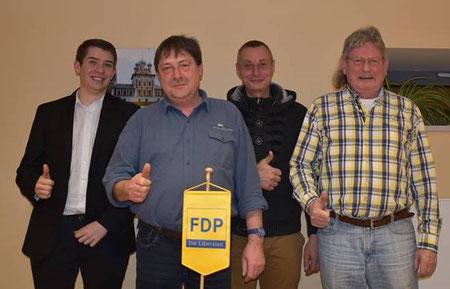 Der Ortsvorstand Barleben wurde um JuLi-Beisitzer Philipp Winkler (links) erweitert, neben ihm wurden Andreas Marx, Patrick Säuberlich und Franz-Ulri.ch Keindorff (v.l.n.r.) in ihren Ämtern bestätigt