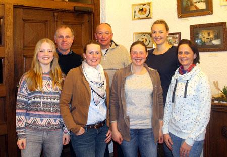 v.l. die geehrten Mitglieder: Daniela Hocke, Andreas Hocke, Stefanie Grebe, Karl-Heinz Göbel, Christina Grebe, Maria Köhler und Janine Heinze