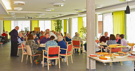 Dorfcafe Hildrizhausen beim HCH im Oktober 2019 Gustav-Fischer Stift