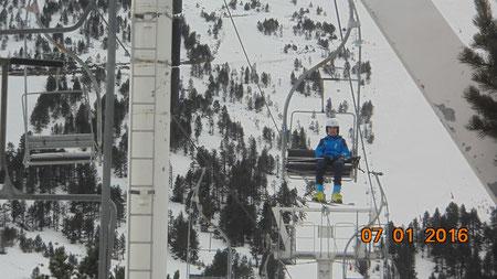 Ski alpin à la station de Ax 3 domaines au plateau de Bonascre