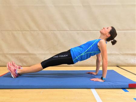 Reverse Plank mit gestreckten Armen