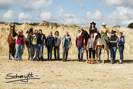 Für aufwändige Shootings mit Pferden ist ein großes Team erforderlich. Vielen Dank an alle!
