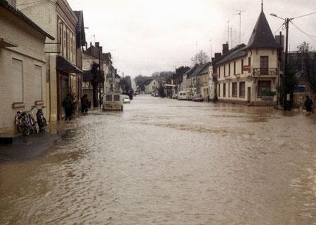 Origny-Sainte-Benoîte pendant la crue de décembre 1993.