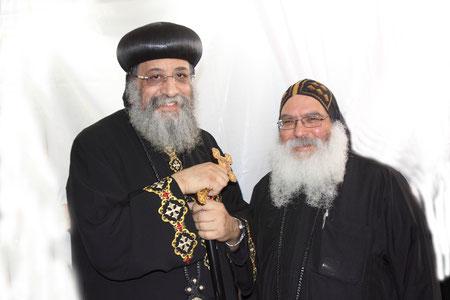 S.H.  Papst Tawadros II. und S.E. Bischof Anba Damian, © Dieter Obermeyer