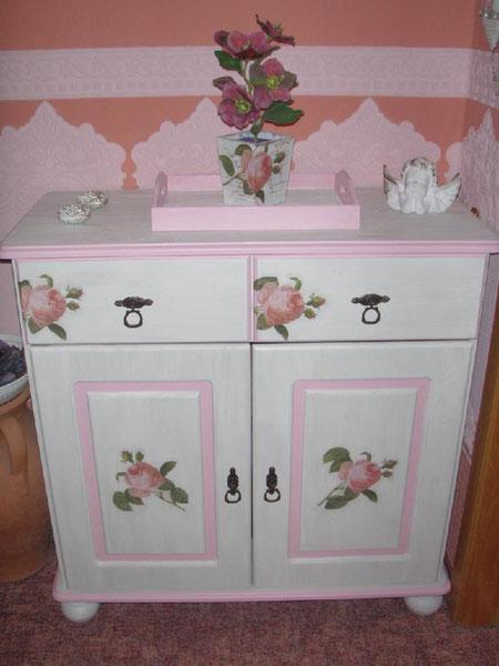 shabby chic landhaus stil vintage look elke krys. Black Bedroom Furniture Sets. Home Design Ideas