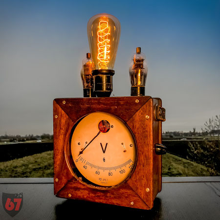 Upcycling DIY lamp steampunk lightart antique Siemens Halske voltmeter by Jürgen Klöck