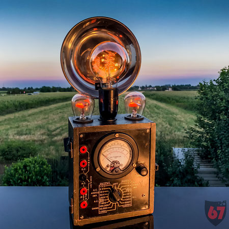 Upcycling DIY lamp steampunk lightart antique Simpson Electric multimeter GE NE-34 by Jürgen Klöck