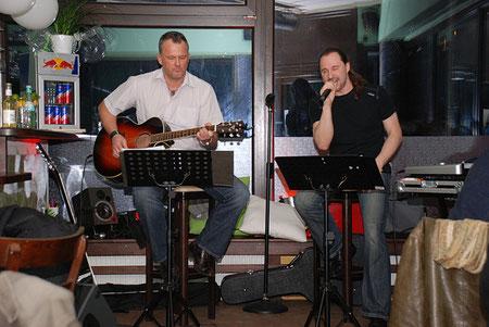 Steven Morrys Acoustic Duo
