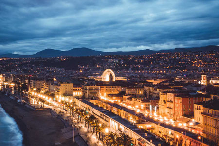 séjour linguistique à Nice by night