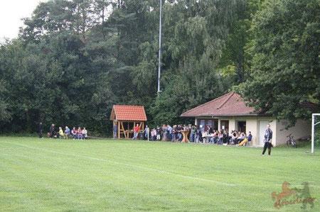 Zuschauer beim Ligaspiel gegen RSV Göttingen 05 II