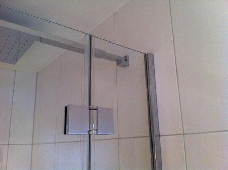 Duschtrennwand 8mm ESG eckig gehalten in U Profil