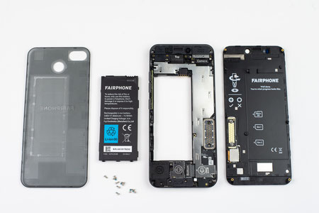 Fairphone 3 inside out (photos by MediaCPhotoworks)