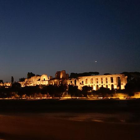 Rome bij nacht.