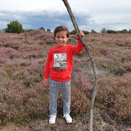 Jongenskleding, Kinderkleding, Geruite broek, Voetbaltrui, Heide