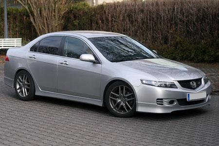 Honda Accord 7. Generation Aussenansicht mit Doppel-DIN-Umbau