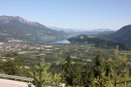 Blick vom Kaiserjägerweg auf den Lago di Caldonazzo