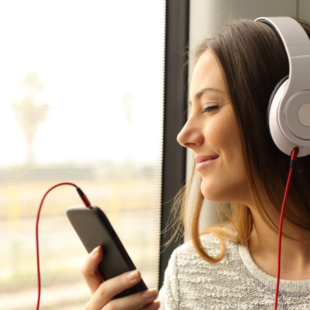 Tips bij wagenziekte, muziek luisteren.