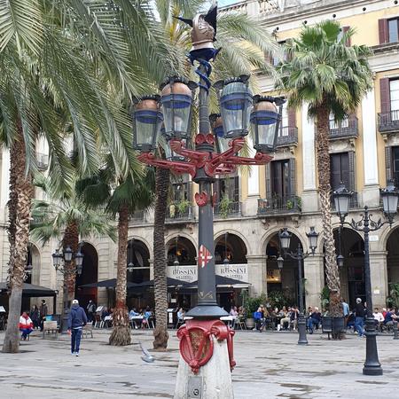 Barcelona, plein, gaudi, placa reial.