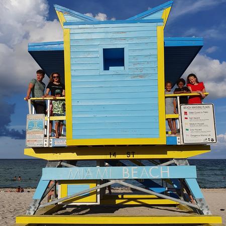 Miami Beach, moeder van 6 kinderen, adoptie, rootsreis, adopteren uit Amerika
