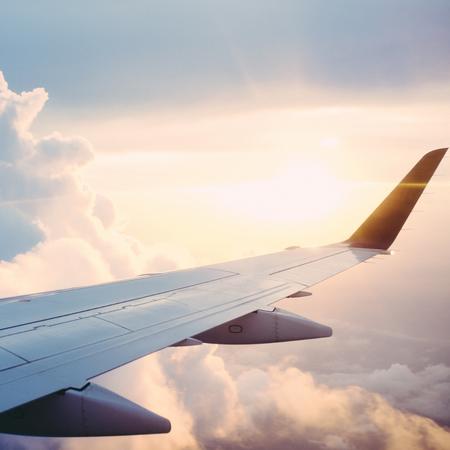 vliegtuig, tips bij vliegen, tips om een jetlag te voorkomen.