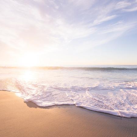 strand, zee , zomer, vakantie, insmeren.