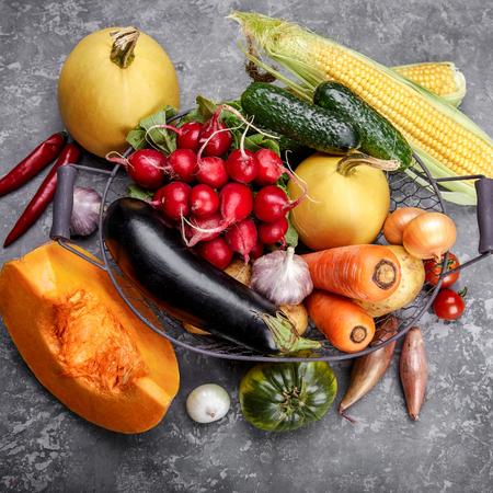 Moestuin, tuinieren met kinderen, groente kweken, eigen moestuin