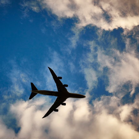 Vliegtuin in de lucht