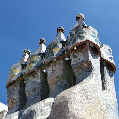 Casa Battlo, schoorsteen, Gaudi, Barcelona, UNESCO