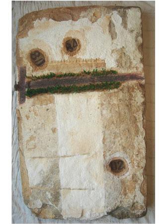 Columna viva 2007 Whitewash ,metal on sandstone 60x90cm