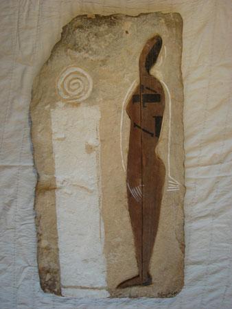 Adoradora del sol 2007 Wood whitewash on sandstone 90x47cm
