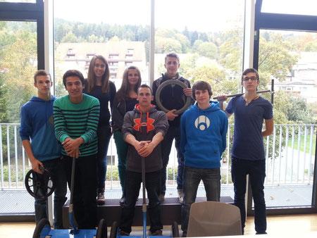 (hintere Reihe v.l.) Marcel, Anika, Anja, Jakob (vordere Reihe v.l.) Sami, René, Karsten, Ilirian