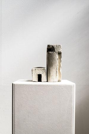 Betonbauten 4+5, 2015, Betonguss, variabel,  Foto Stefan Ostler