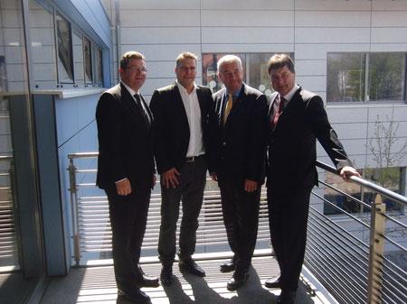 Staatssekretär Franz Pschierer, Architekt Armin Jakob, Kultusminister Dr. Ludwig Spaenle und Rektor Helmut Pletzer (v. l. n. r.)
