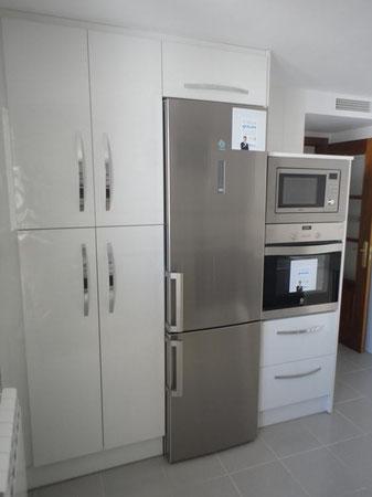Cocina textil blanca y gris