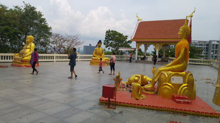 Buddhastatuen auf dem Pattaya Hill