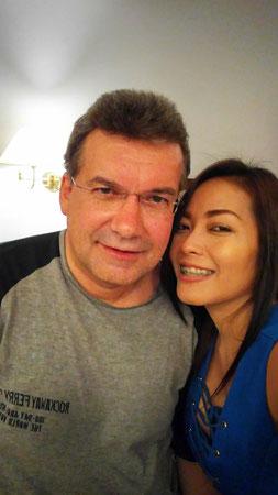 Der Autor mit thailändischer Freundin