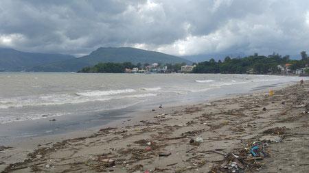 Der Strand ist nicht so schön während der Regenzeit