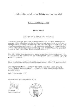 Ausbilder-Zeugnis (IHK), anerkannt aufgrund des abgeschlossenen Studiums in der gewählten Fachrichtung