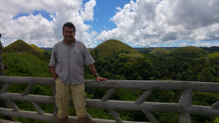 Der Autor, Chocolate Hills