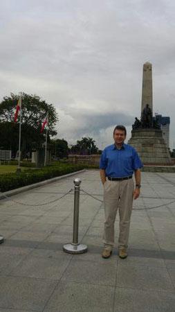 Der Autor, Rizal Park
