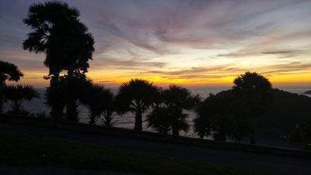 Auf dem Rückweg von Promthep Cape nach Patong Beach