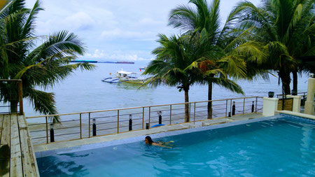 Icove Beach Hotel, Barrio Barretto, Subic Bay
