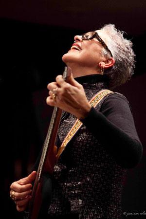Lica Cecato , guitariste chanteuse